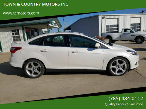 2012 Ford Focus for sale at TOWN & COUNTRY MOTORS INC in Meriden KS