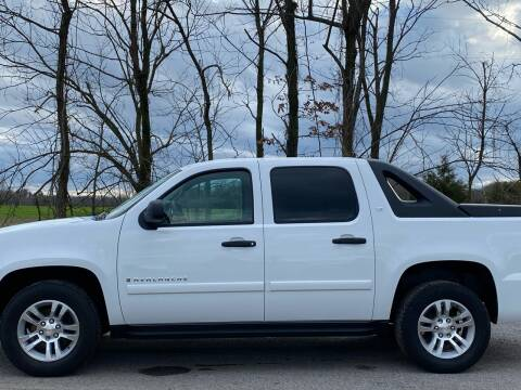 2007 Chevrolet Avalanche for sale at RAYBURN MOTORS in Murray KY