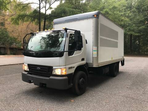 2007 Ford LCF 16ft Box Truck 4.5L Diesel for sale at Bowie Motor Co in Bowie MD