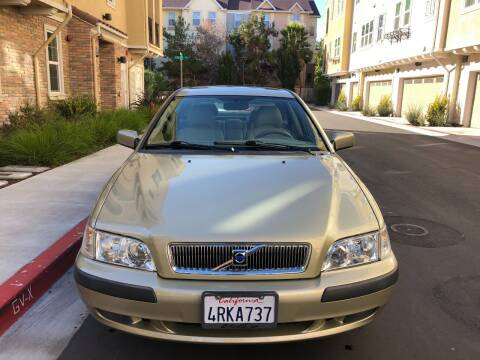 2001 Volvo S40 for sale at Hi5 Auto in Fremont CA