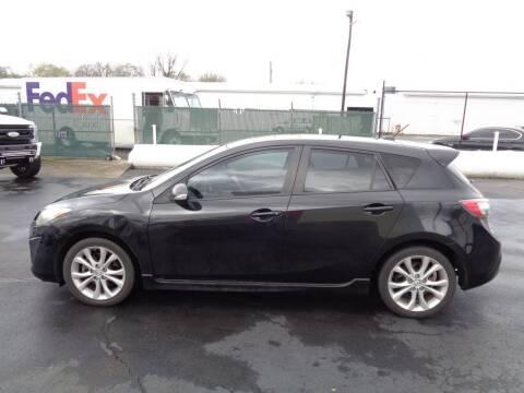 2010 Mazda MAZDA3 for sale at Cars Unlimited Inc in Lebanon TN