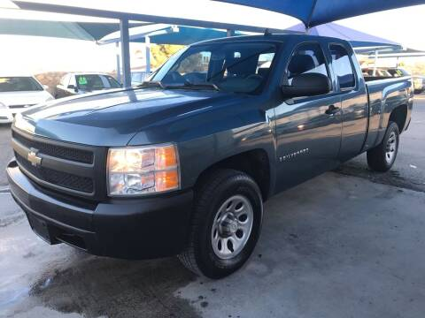 2007 Chevrolet Silverado 1500 for sale at Autos Montes in Socorro TX