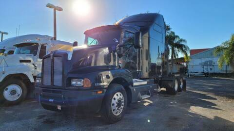 2005 Kenworth T600 for sale at The Auto Market Sales & Services Inc. in Orlando FL