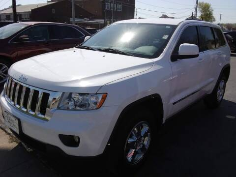 2013 Jeep Grand Cherokee for sale at Village Auto Outlet in Milan IL