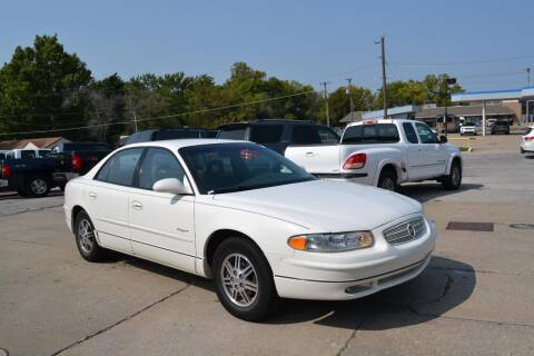 2001 Buick Regal for sale at GLADSTONE AUTO SALES    GUARANTEED CREDIT APPROVAL in Gladstone MO