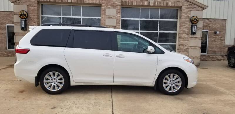 2017 Toyota Sienna for sale at Hampshire Motor Sales Inc. in Hampshire IL