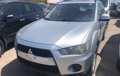 2010 Mitsubishi Outlander for sale at Auto Access in Irving TX