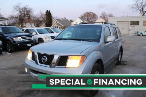 2005 Nissan Pathfinder for sale at Rochester Auto Mall in Rochester MN