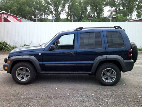 2005 Jeep Liberty for sale at Chaddock Auto Sales in Rochester MN