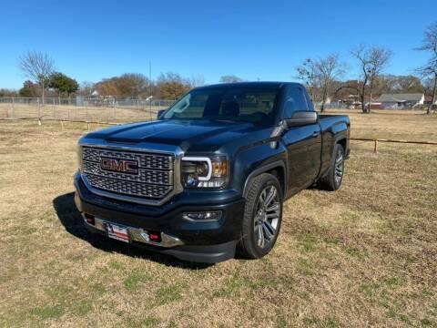 2018 GMC Sierra 1500 for sale at LA PULGA DE AUTOS in Dallas TX