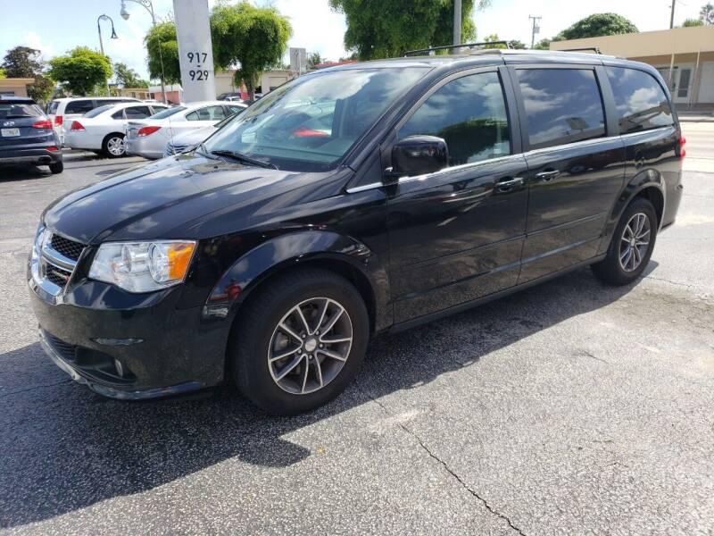 2017 Dodge Grand Caravan for sale at KK Car Co Inc in Lake Worth FL