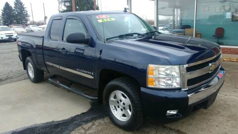 2008 Chevrolet Silverado 1500 for sale at AutoBoss PRE-OWNED SALES in Saint Clairsville OH