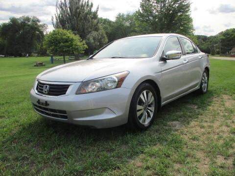 2010 Honda Accord for sale at Triangle Auto Sales in Elgin IL