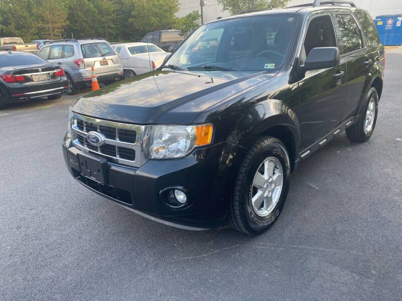 2010 Ford Escape for sale at Super Bee Auto in Chantilly VA