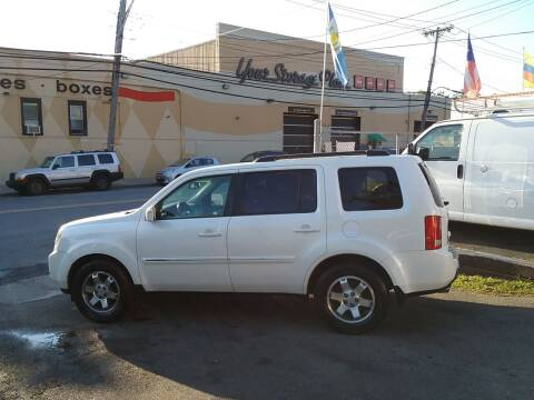 2011 Honda Pilot for sale at Drive Deleon in Yonkers NY
