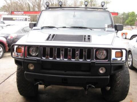 2005 HUMMER H2 for sale at LAKE CITY AUTO SALES in Forest Park GA