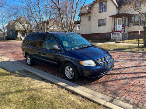 2006 Dodge Grand Caravan for sale at RIVER AUTO SALES CORP in Maywood IL