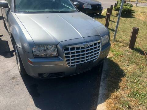 2007 Chrysler 300 for sale at Right Place Auto Sales in Indianapolis IN