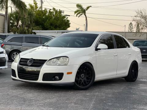 2007 Volkswagen Jetta for sale at Citywide Auto Group LLC in Pompano Beach FL