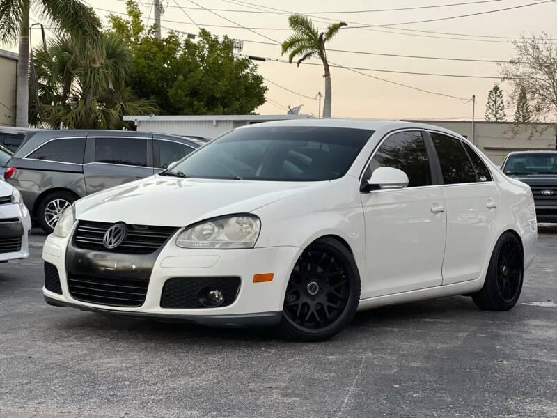 2007 Volkswagen Jetta for sale at Citywide Auto Group LLC in Pompano Beach FL
