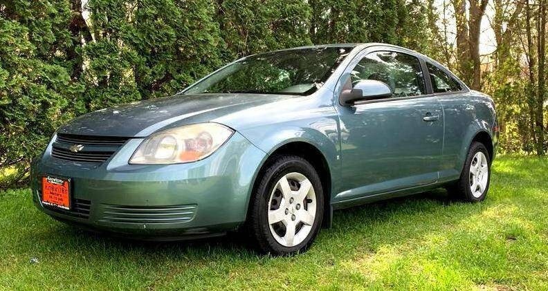 2009 Chevrolet Cobalt for sale at Knowlton Motors, Inc. in Freeport IL