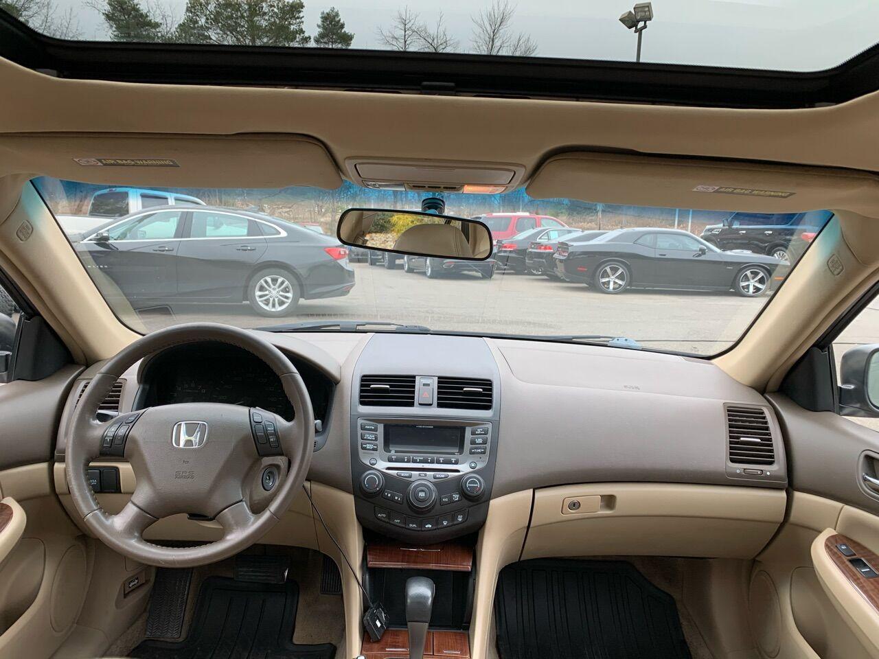 2006 Honda Accord 4dr Car