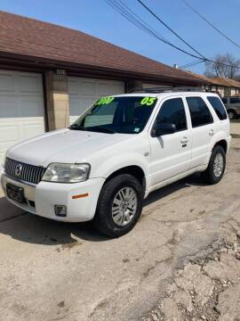 2005 Mercury Mariner for sale at Square Business Automotive in Milwaukee WI