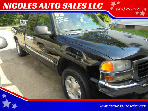 2005 GMC Sierra 1500 for sale at NICOLES AUTO SALES LLC in Cream Ridge NJ