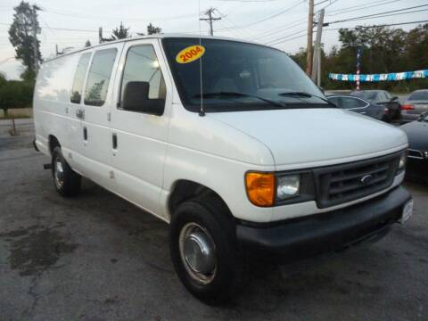 2004 Ford E-Series Cargo for sale at I57 Group Auto Sales in Country Club Hills IL