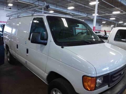 2007 Ford E-Series Cargo for sale at Valpo Motors Inc. in Valparaiso IN