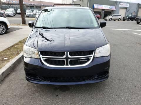 2011 Dodge Grand Caravan for sale at SUNSHINE AUTO SALES LLC in Paterson NJ