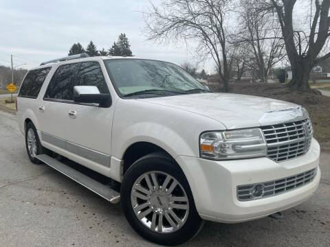 2009 Lincoln Navigator L for sale at Trocci's Auto Sales in West Pittsburg PA