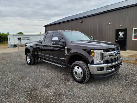 2019 Ford F-350 Super Duty for sale at J & S Auto Sales in Blissfield MI