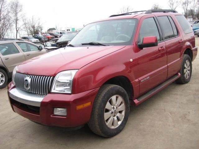 2007 Mercury Mountaineer for sale at CARZ R US 1 in Armington IL
