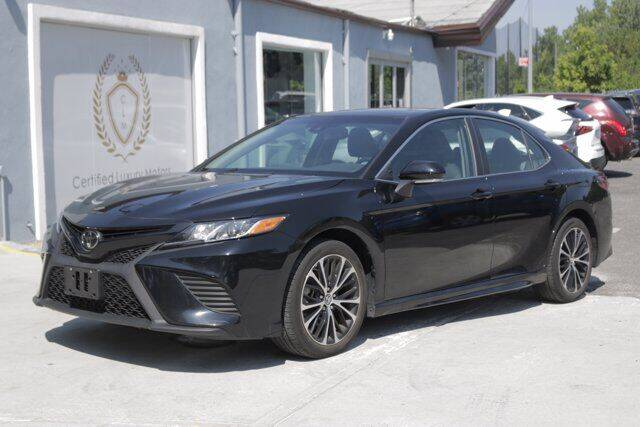 2018 Toyota Camry for sale at CERTIFIED LUXURY MOTORS OF QUEENS in Elmhurst NY