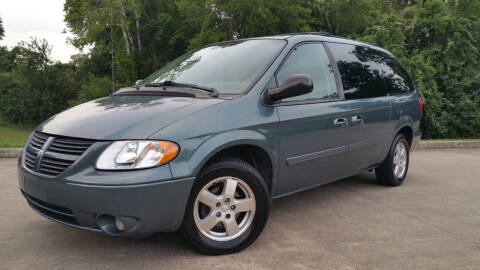 2005 Dodge Grand Caravan for sale at Houston Auto Preowned in Houston TX