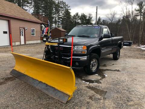 2004 GMC Sierra 2500HD for sale at Hornes Auto Sales LLC in Epping NH