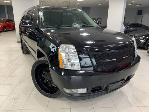 2011 Cadillac Escalade ESV for sale at Auto Mall of Springfield in Springfield IL