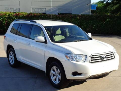 2010 Toyota Highlander for sale at Auto Starlight in Dallas TX
