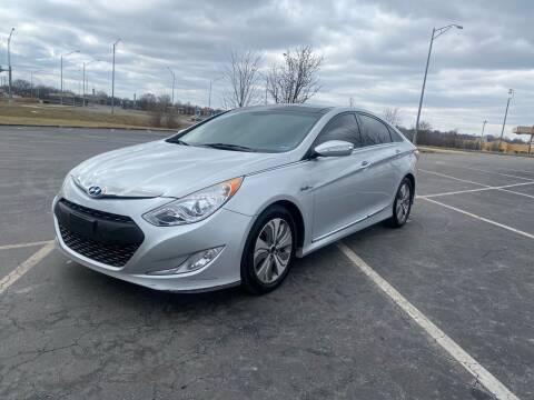 2013 Hyundai Sonata Hybrid for sale at Xtreme Auto Mart LLC in Kansas City MO