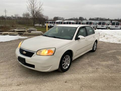 2006 Chevrolet Malibu for sale at JE Autoworks LLC in Willoughby OH
