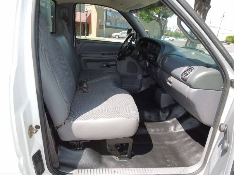2001 Dodge Ram Chassis 2500 4X2 2dr Regular Cab - Oakdale CA