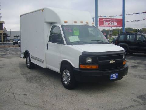 2009 Chevrolet Express Cutaway for sale at East Town Auto in Green Bay WI