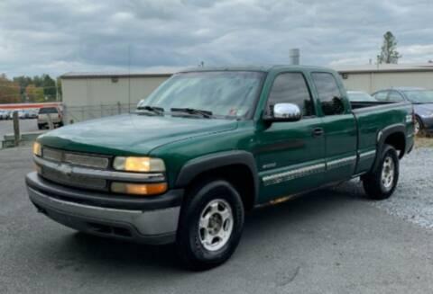 1999 Chevrolet Silverado 1500 for sale at BSA Pre-Owned Autos LLC in Hinton WV