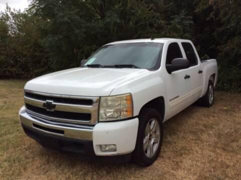 2011 Chevrolet Silverado 1500 for sale at Allen Motor Co in Dallas TX