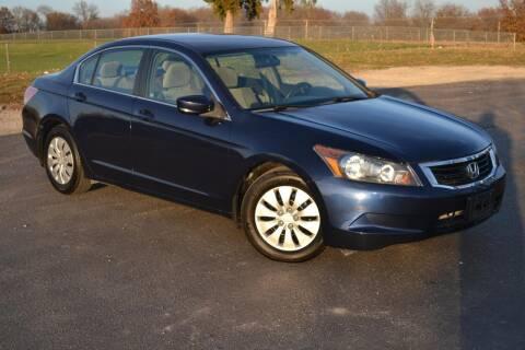 2009 Honda Accord for sale at GLADSTONE AUTO SALES    GUARANTEED CREDIT APPROVAL in Gladstone MO