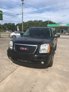 2014 GMC Yukon XL for sale at Safeway Motors Sales in Laurinburg NC