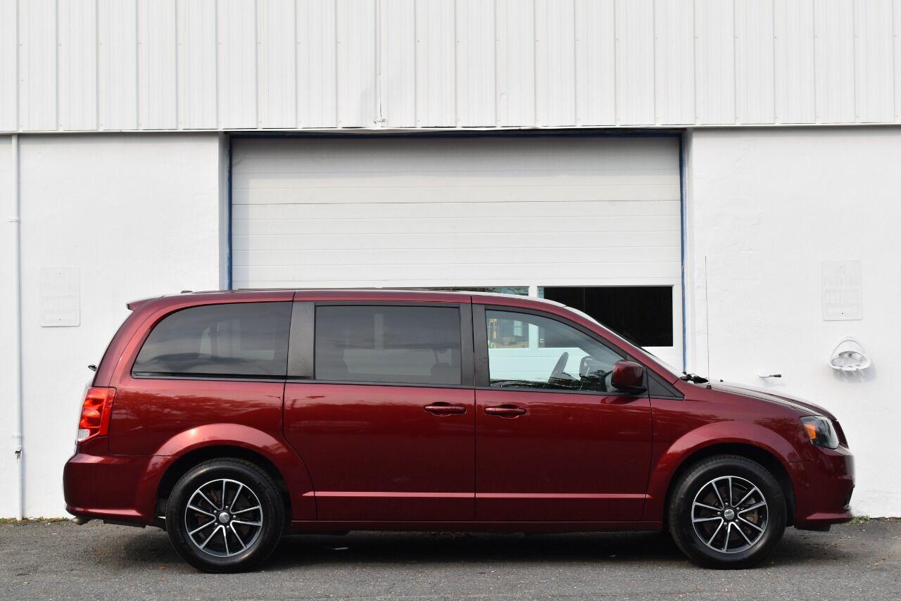 2019 Dodge Grand Caravan SE 4dr Mini Van full