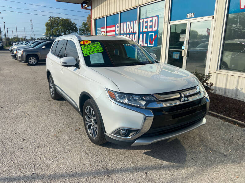 2017 Mitsubishi Outlander for sale at Lee Auto Group Tampa in Tampa FL