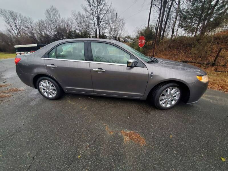 2012 Lincoln MKZ for sale at Dukes Automotive LLC in Lancaster SC